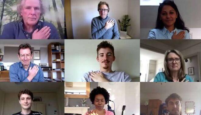 手势可以提高视频会议的成功率