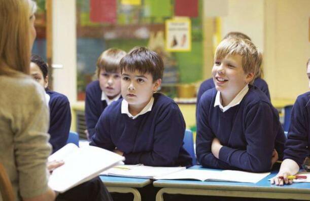 超过一半的助教加紧管理课程以确保孩子可以上课