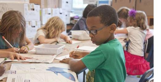 在绿色校园里上课对幼稚园尤其是女童有利