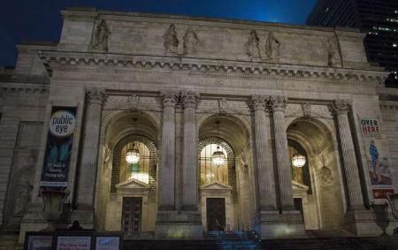 图书馆可以使用3D打印机但是它们仍然是关于书籍的
