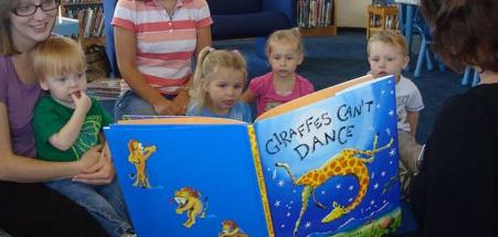 大声朗读给您的孩子以增加他们的词汇量