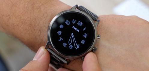我们一直在等待WearOS智能手表赶上市场上其他更受欢迎的手表