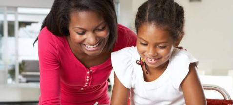 父母相信孩子的学习能力实际上可以提高他们的成绩