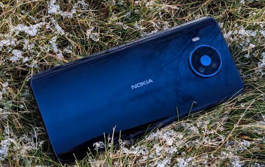 诺基亚 8.3 5G 智能手机评测
