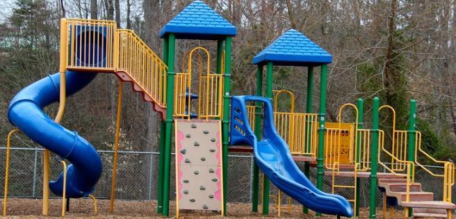 华盛顿幼儿园中心优先考虑玩耍