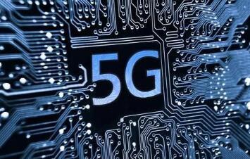 为什么推动可折叠设备和5G发展