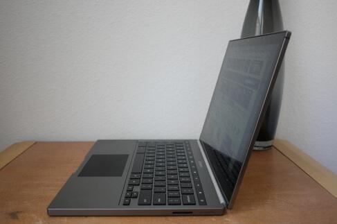 谷歌 Chromebook Pixel 笔记本电脑的设计评测