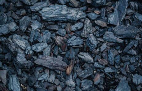 科学家在气候变化炼金术中用二氧化碳制造煤炭
