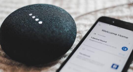 谷歌Assistant智能音箱现在可以直接播放有声读物样本